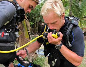 PADI IDC instructor diving courses khao lak thailand